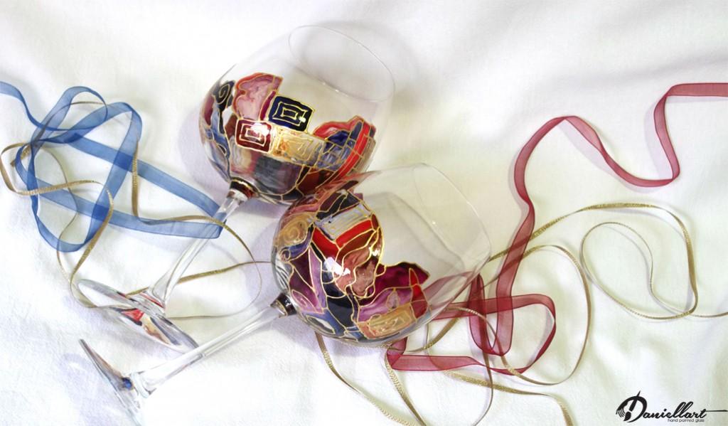 Ръчно рисувани чаши за вино - Подарък за всеки повод